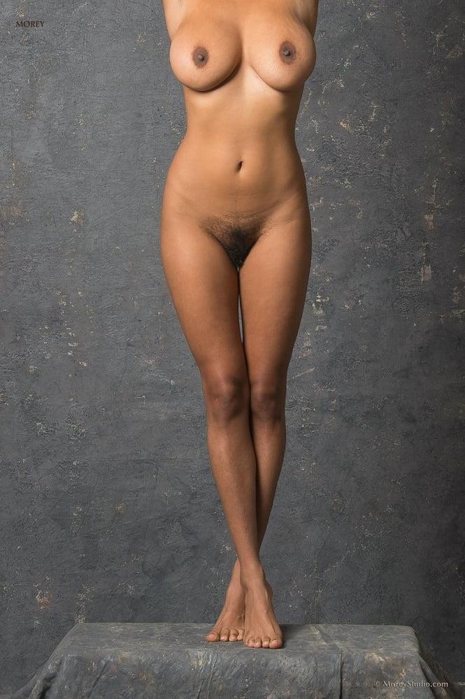 Bello hot nude black carla women sex