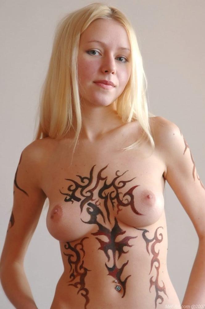 Ainmals sexy videos Marie web cam three tits xnxx