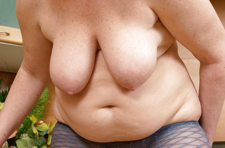Mature tits mom-2338