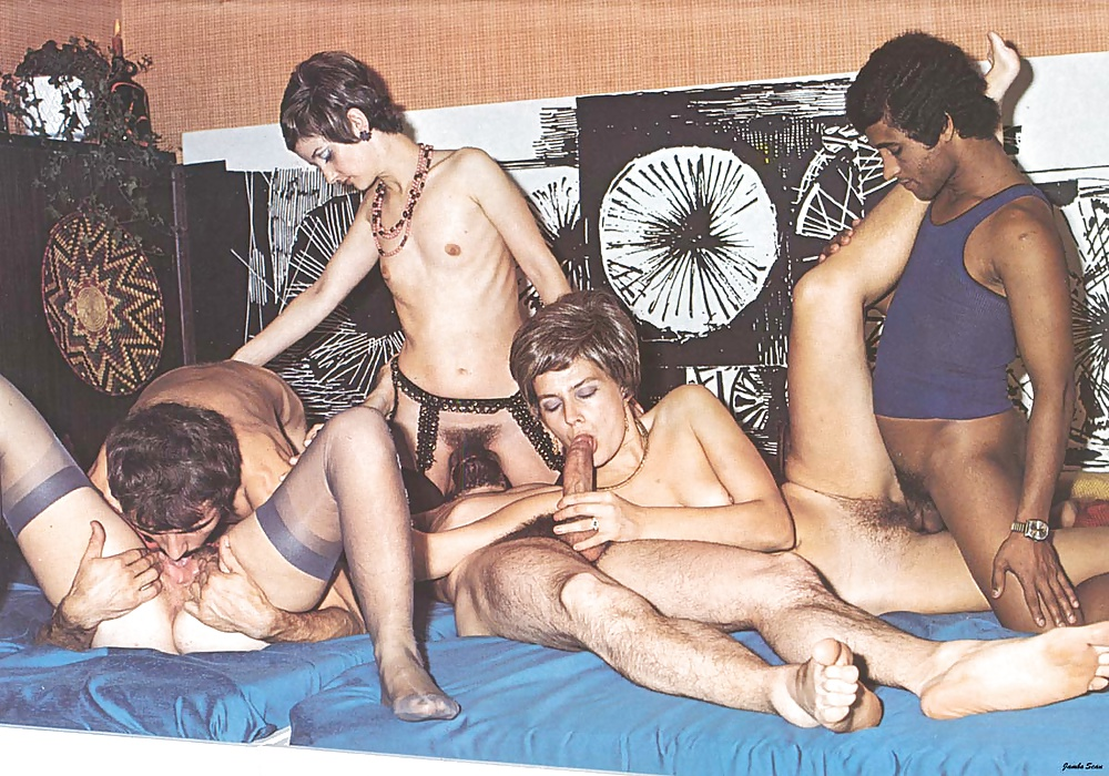 chain-french-orgy-retro