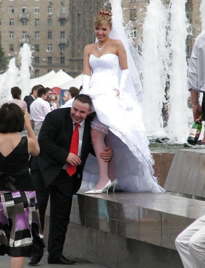 Отъебать невесту на русской свадьбе, супер минеты взрослых дам