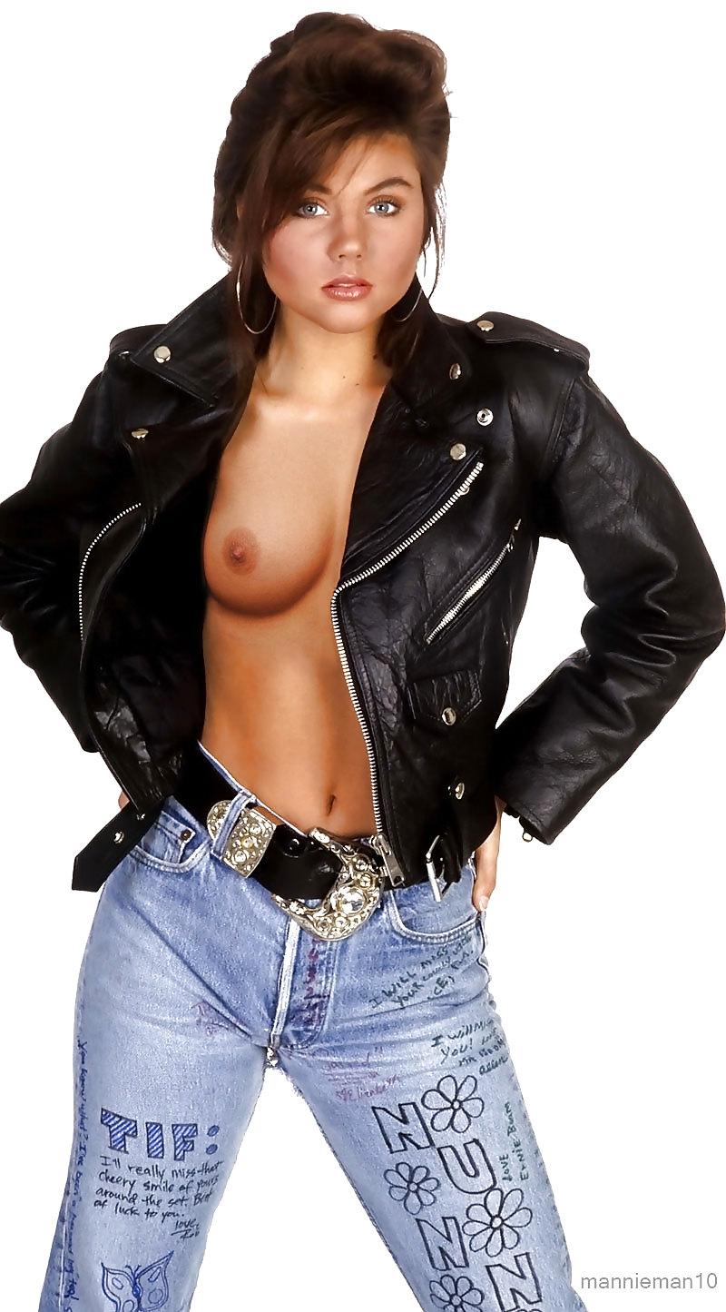Erotic Pictures Salma hayek upskirt
