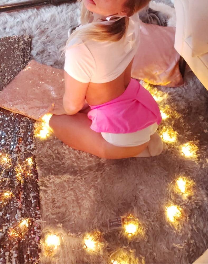 Cheeeeekymissy pink mini and white panties