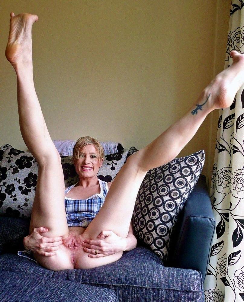 Leeds mature housewife