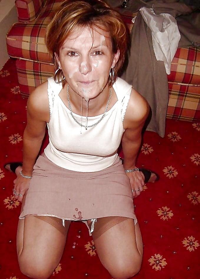Фото развратных женщин в сперме, сосет хуй в туалете смотреть онлайн