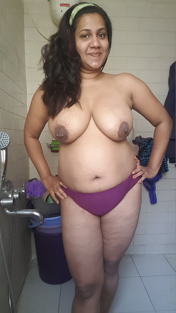 Desi milf slut madhu huge boobs - 23 Pics