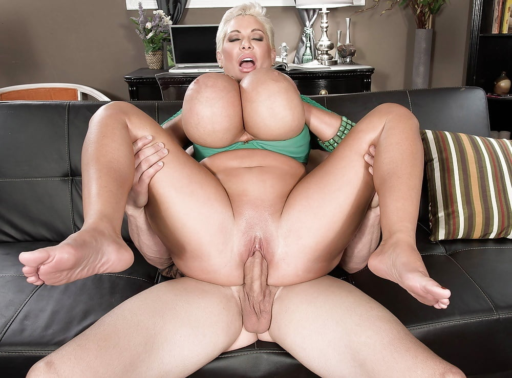 Claudia busty anal