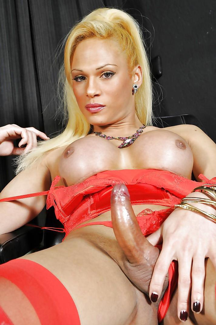трансвеститы рунетки порно она встала