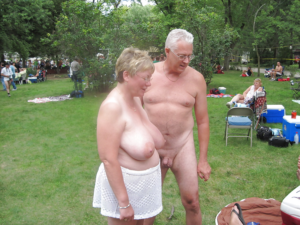 Free pics of mature elder women nude