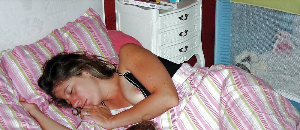 Sleeping girl flash 11