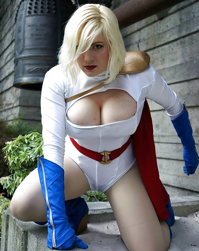 Amber as power girl nude — photo 10