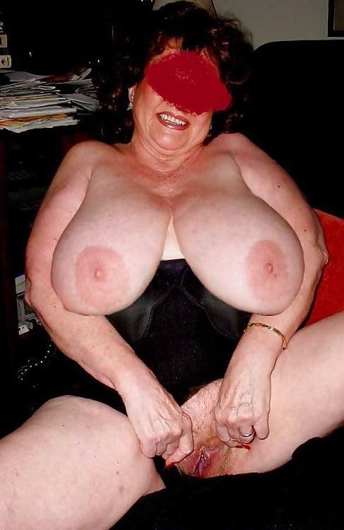 Thick Big Tits Mature Ladies