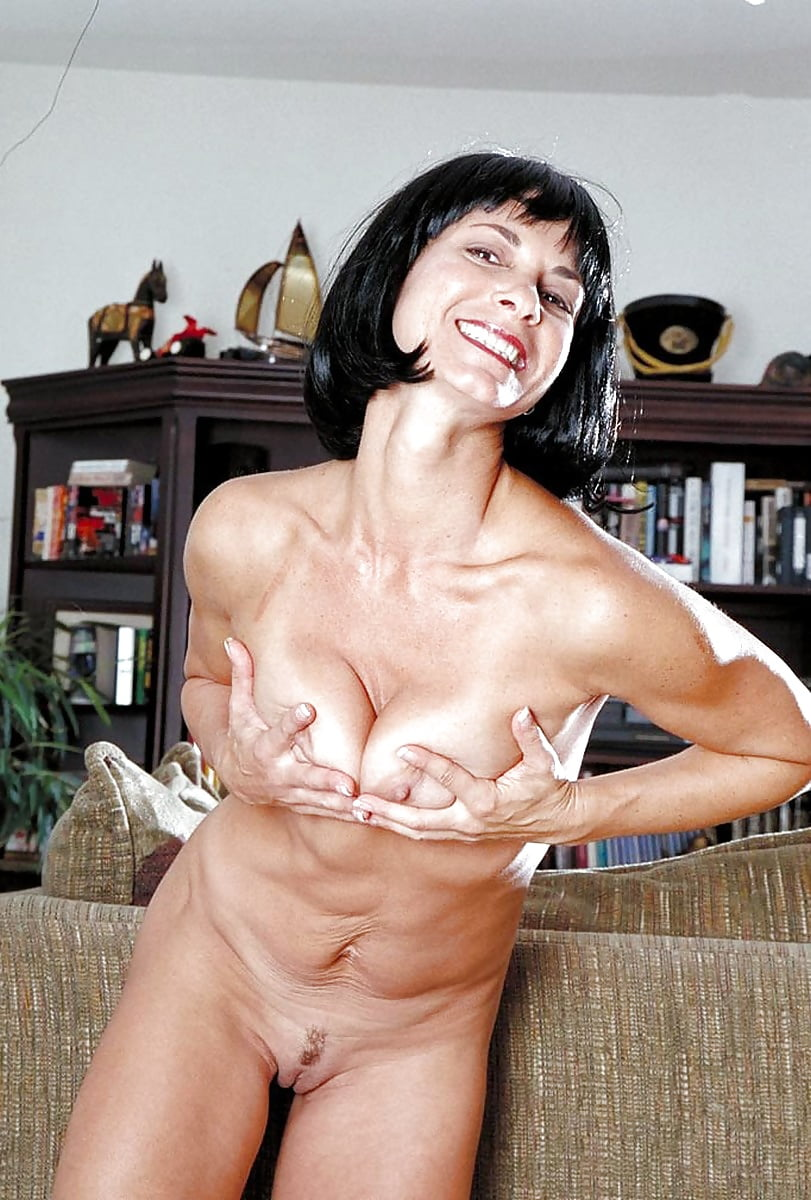 Adult Images Sandrine holt naked pictures