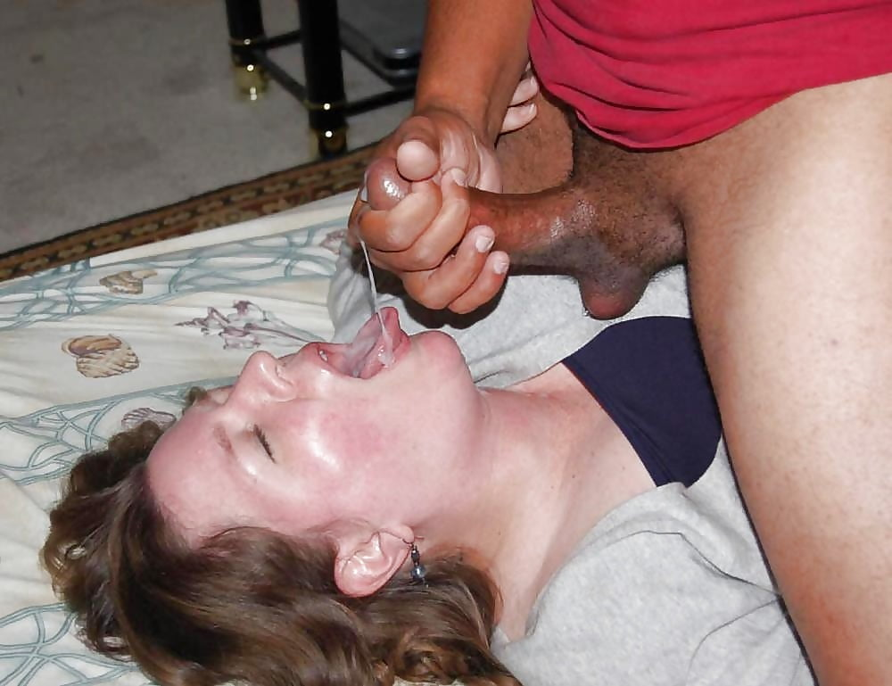 amatuer-wife-swallowing-cum-naked-secretary-and-boss
