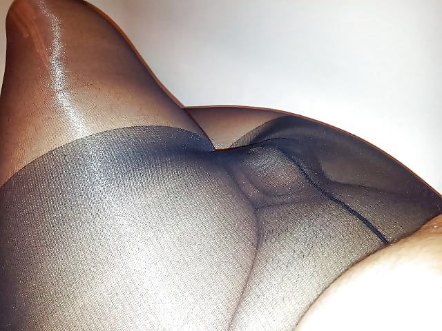 Nymphomanin Monsterschwanz Leggings Kondomsex