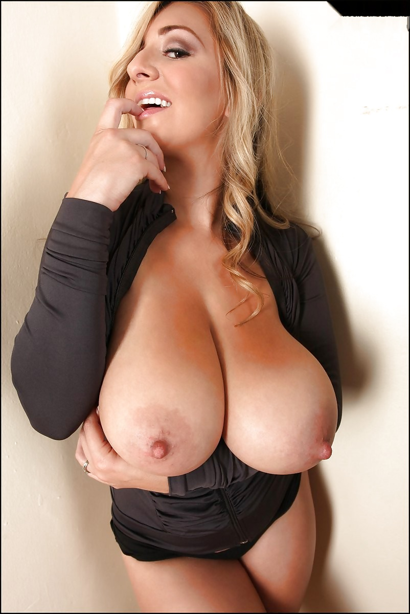Girl and boob her off showtures cock