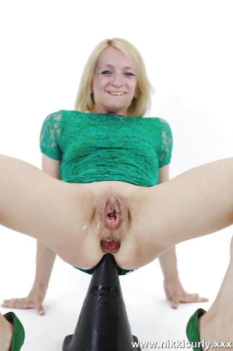 Bizarre Pregnant Monster Pussy Insertions Piercing Gape