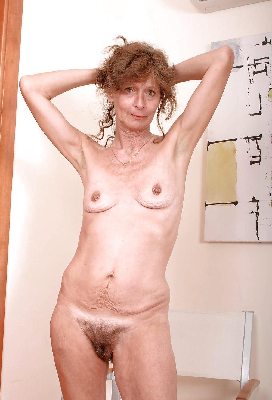 Тощие пожилые ню фото, контакты реальных проституток москвы