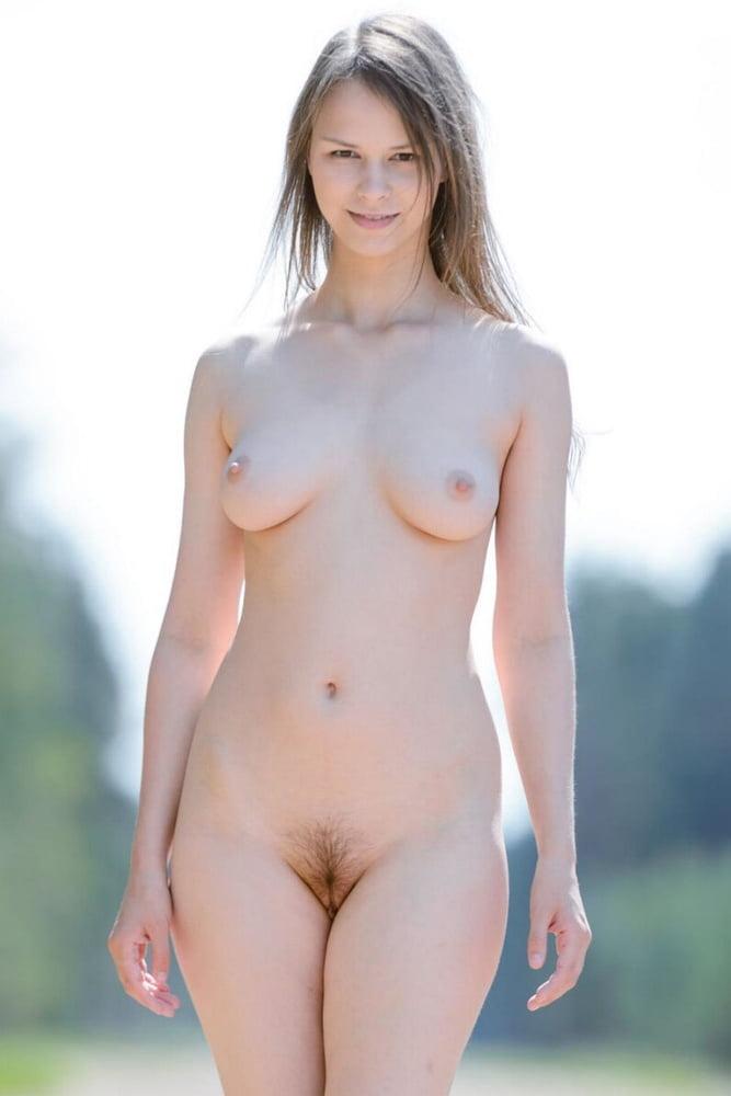 Simple nudes