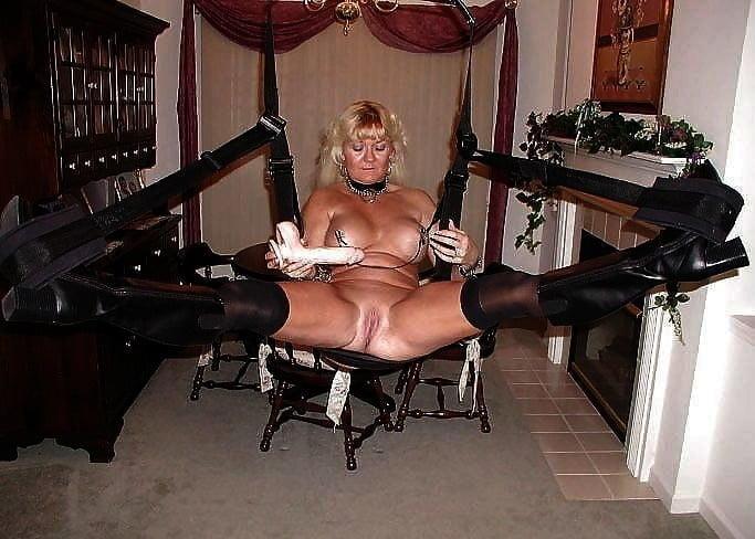 Horny older women near me-9537