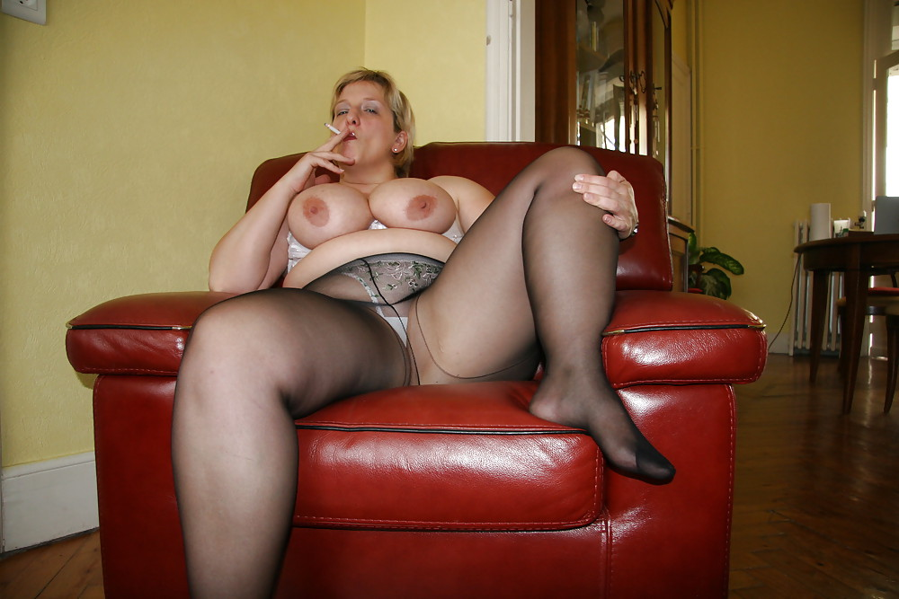 Chubby Mature Milf With Big Ass Wearing Thick Thighs