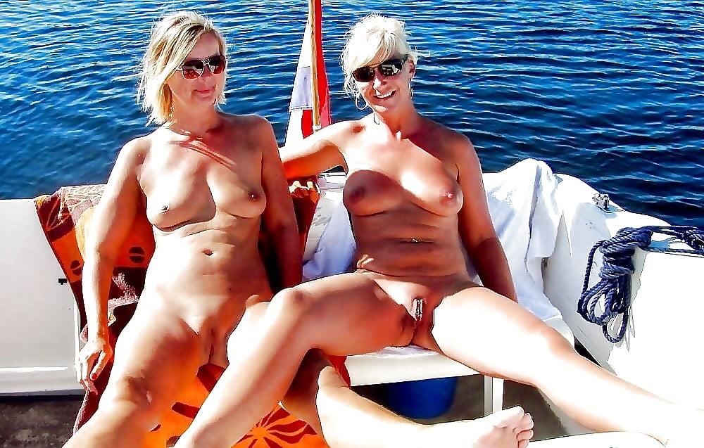 Santa cruz nude beach list