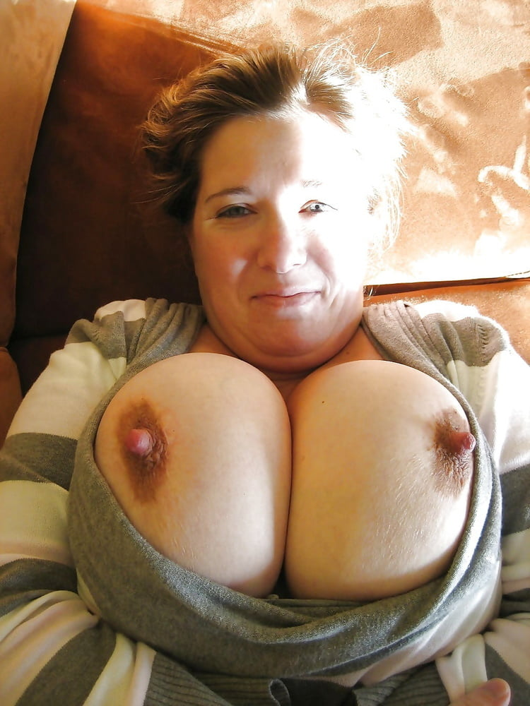 Fun big boobs mom