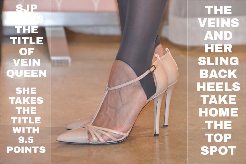 Edging to veiny celeb feet - 5 Pics