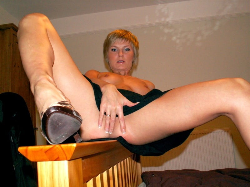 Short haired blonde - 44 Pics