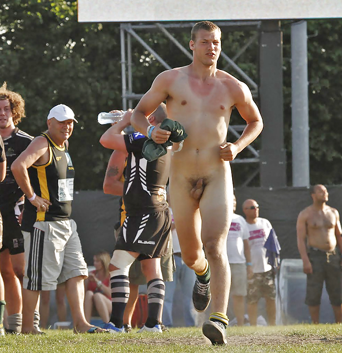 naked-sport-guys