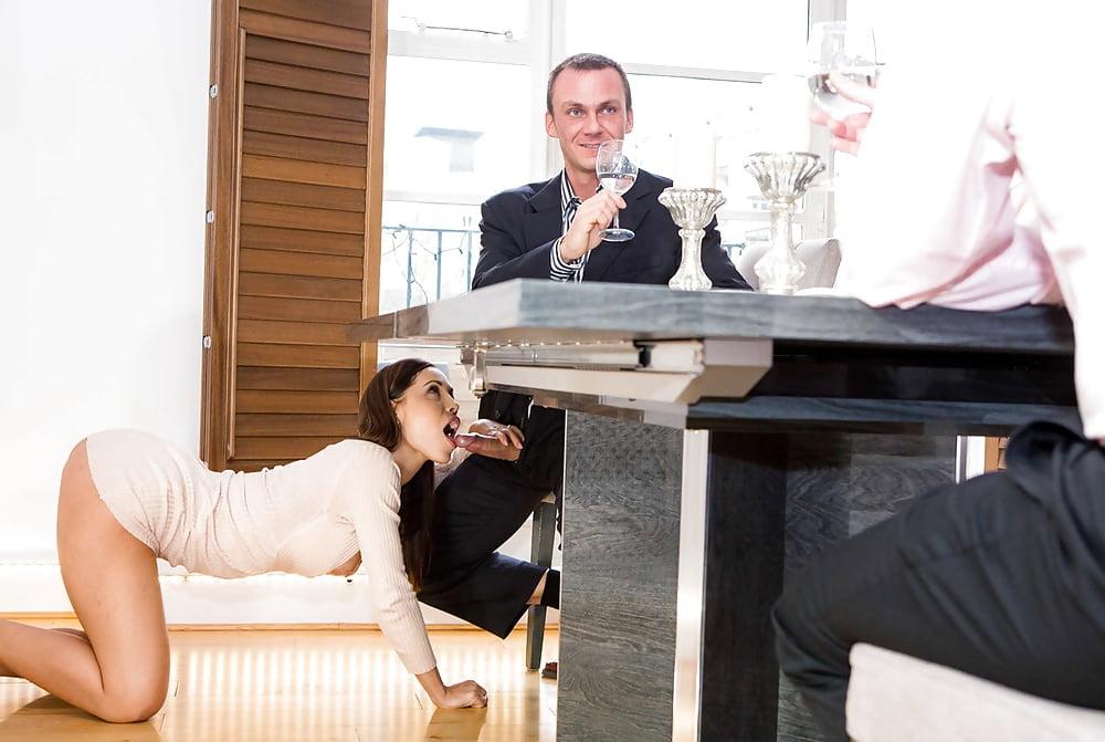 Рабыня под столом — pic 10