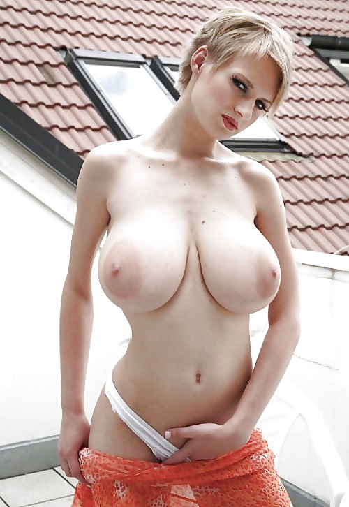 Hottie with beautiful natural big tits