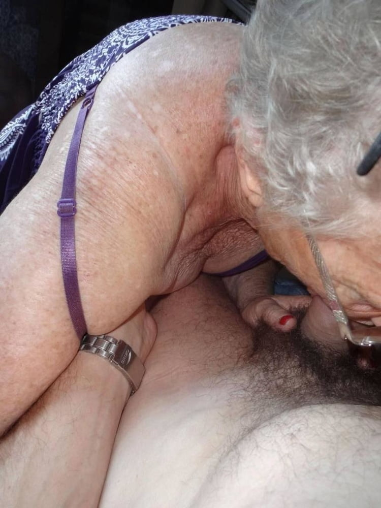 Old granny eats young pussy