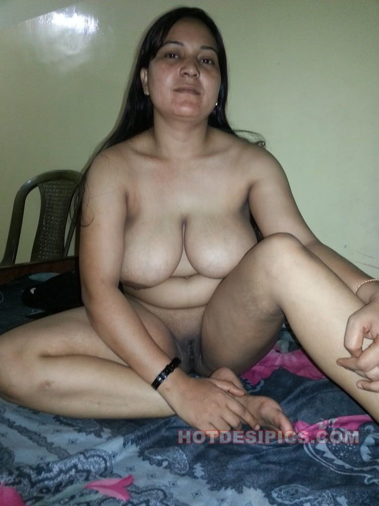 Naked aunties photos