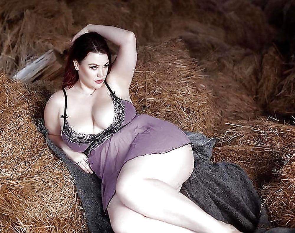 Секс с сочными пышнозадыми зрелыми женщинами, голые попы тонкие талии большой бюст