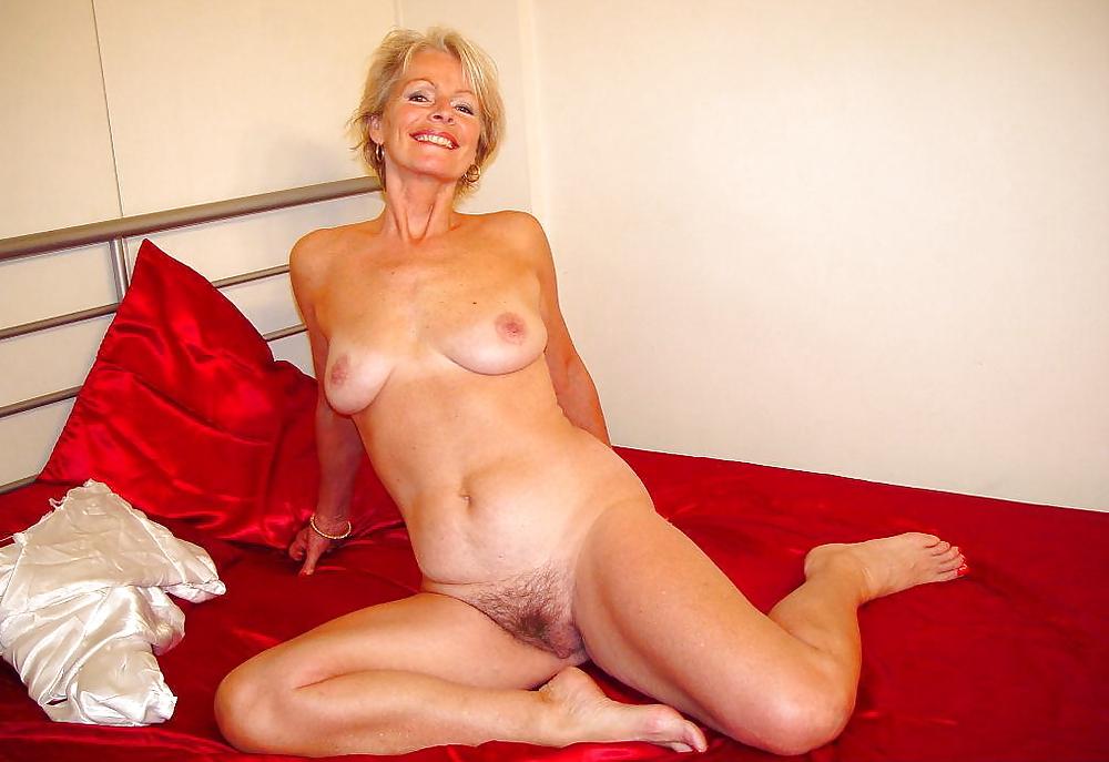Mature wet justine naked, lesbian se videos