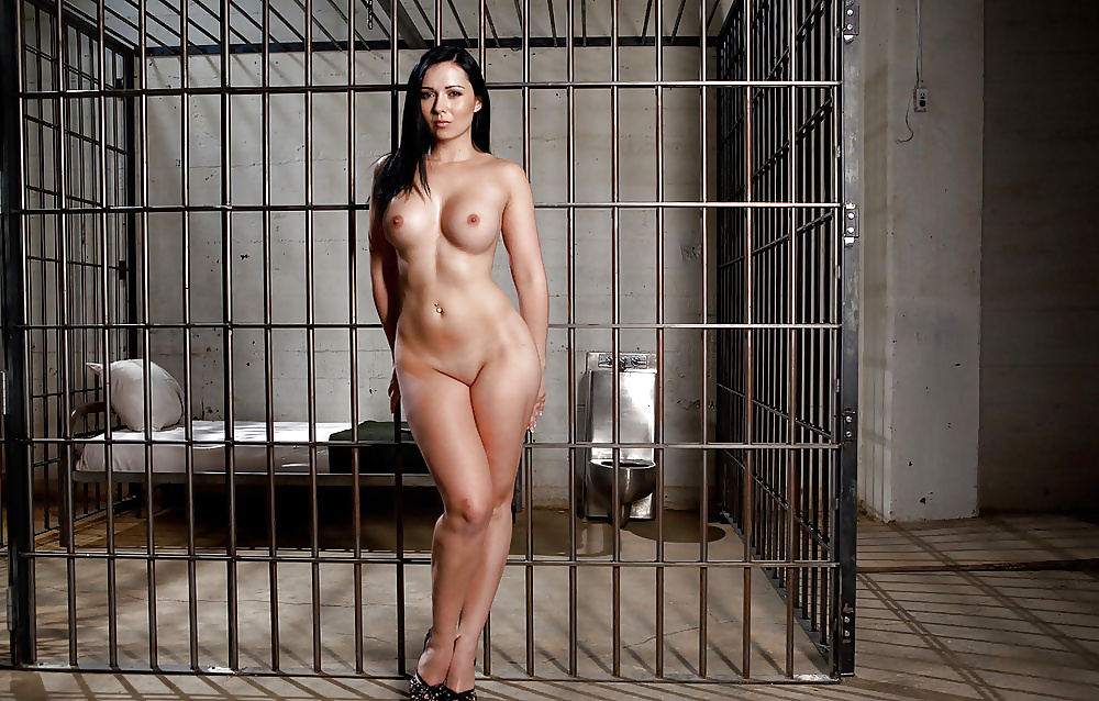 Women prisoners naked pictures
