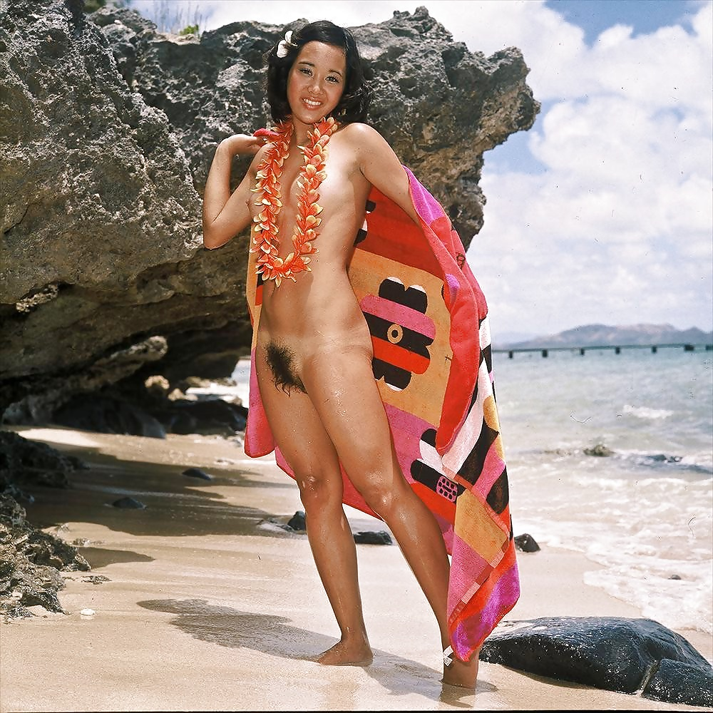 Nude hawaii lady