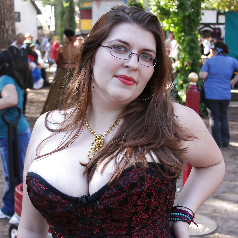 Fat busty women — pic 14