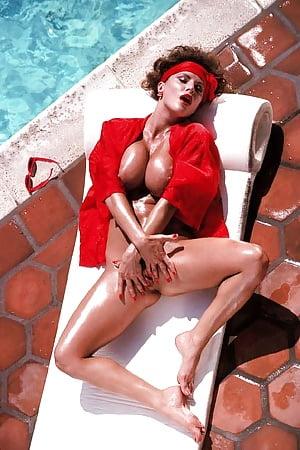 Nackt Christine Dupree  Christine Dupree