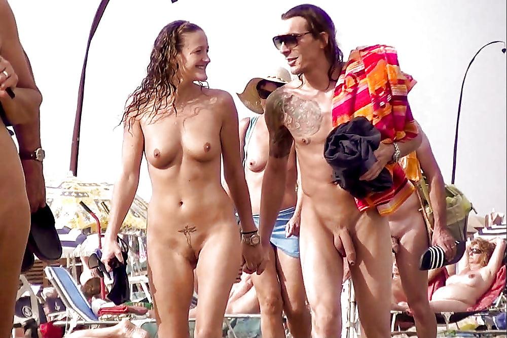 Nude hangout