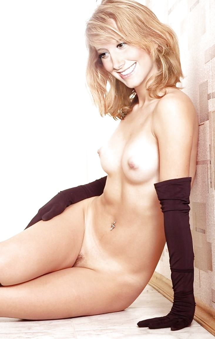 sexy-ashley-tisdale-fully-nude