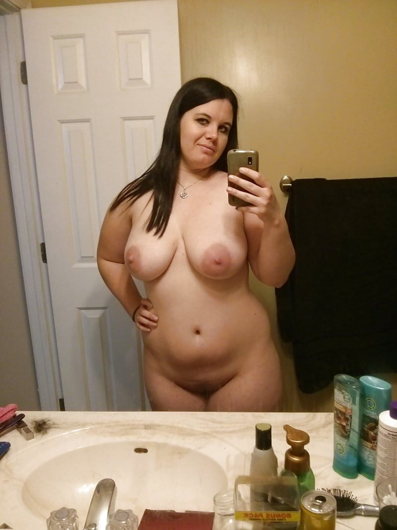 pussy-collection-of-chubby-amateur-girls-naked-mirror