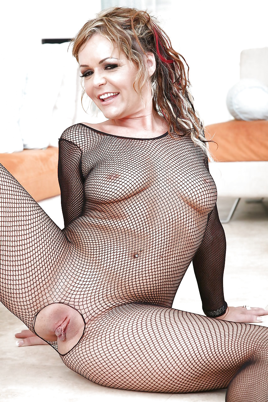 Kelly hanson porn pictures 12