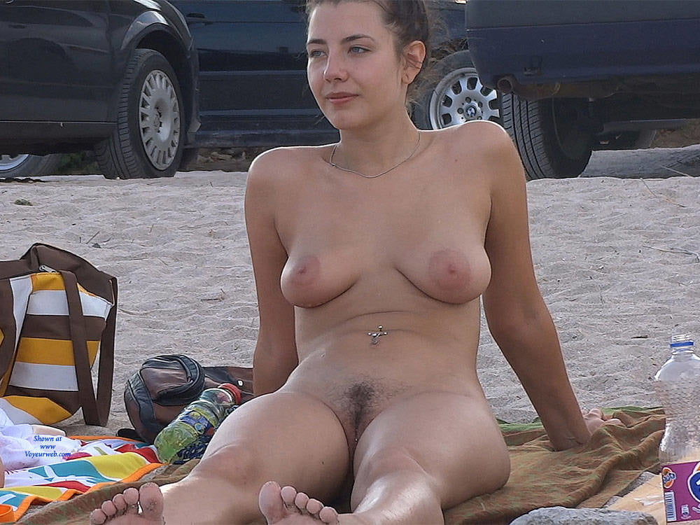 Amateur nude changing women best porno nude picture