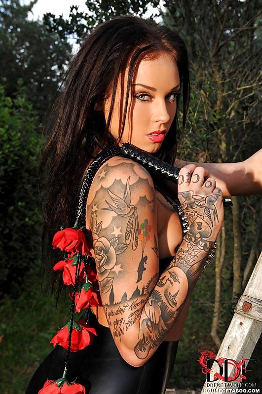 Male Pornstars With Tattoos Behind Fucks Student