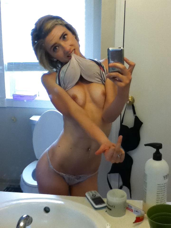 hot-dirty-girls-nude-self-shot