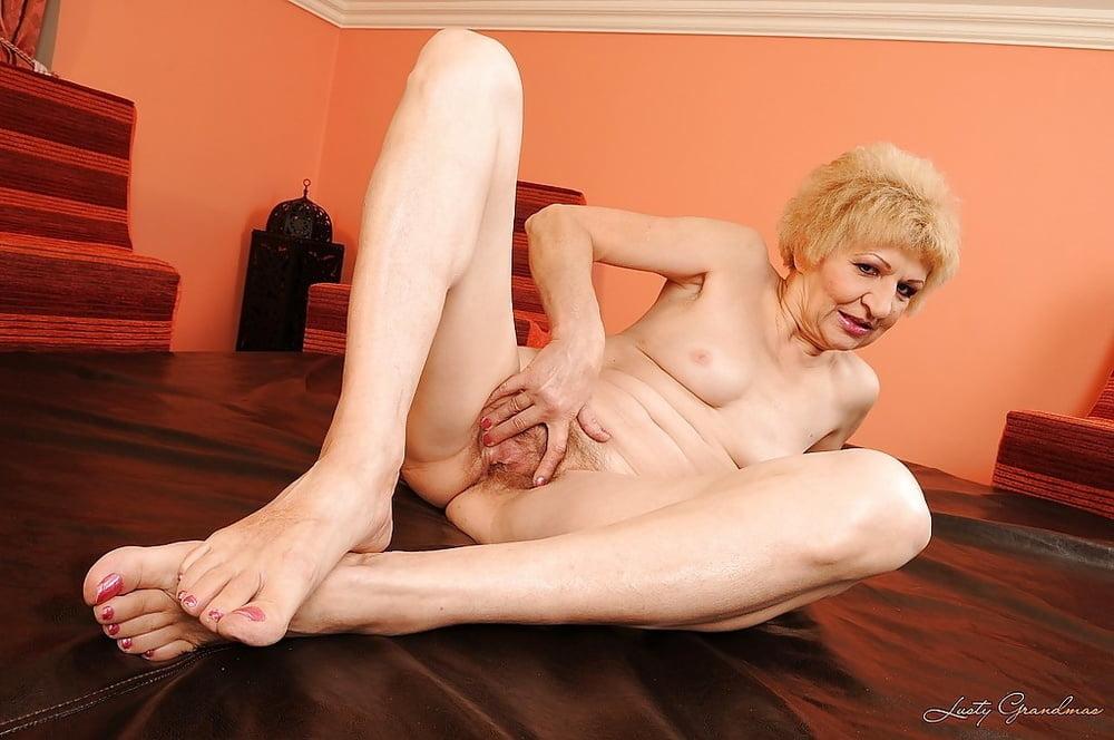 Granny Teen Skinny Blonde Bernie Playing Wit 1