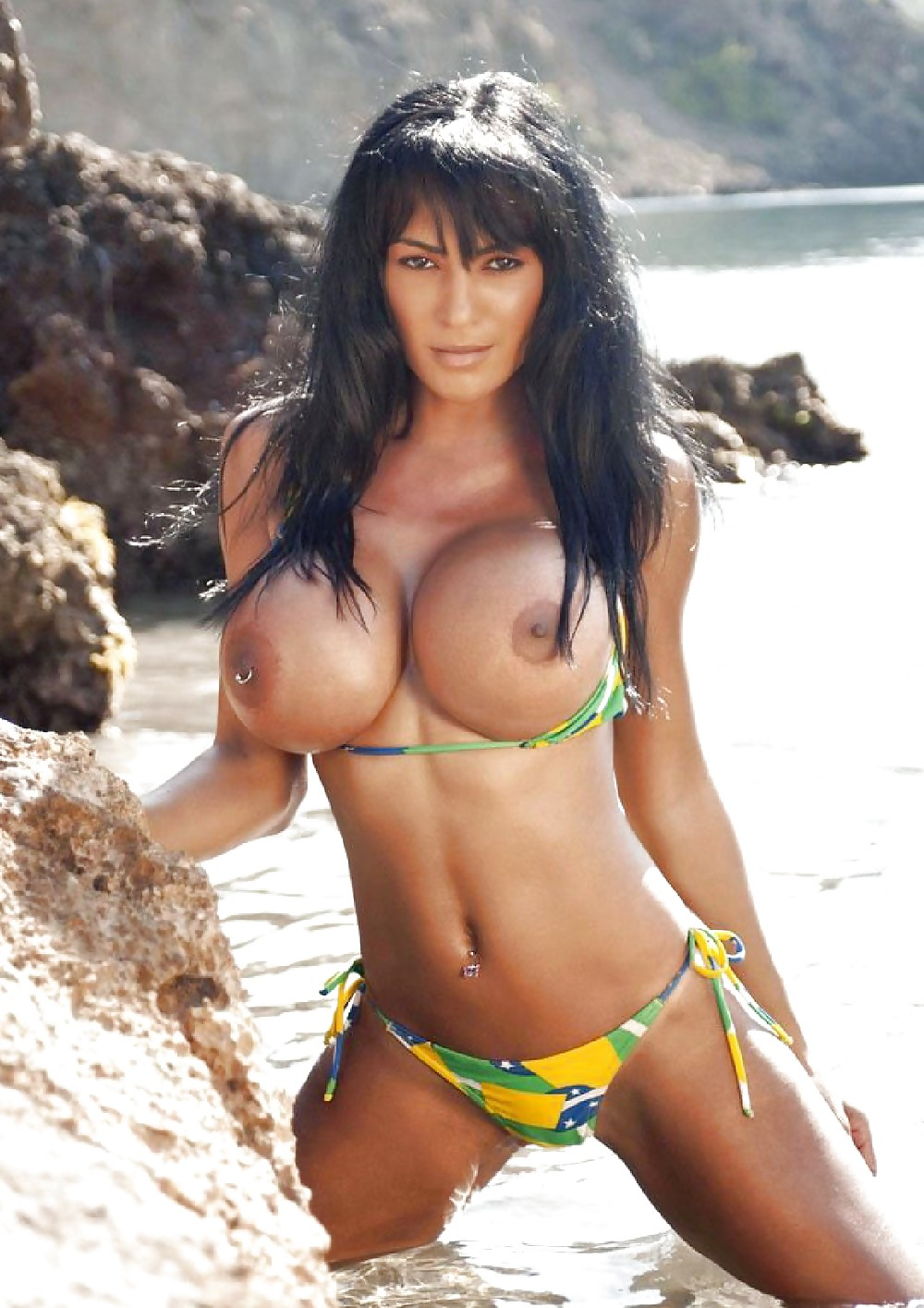 Brazilian Big Boobs Pictures