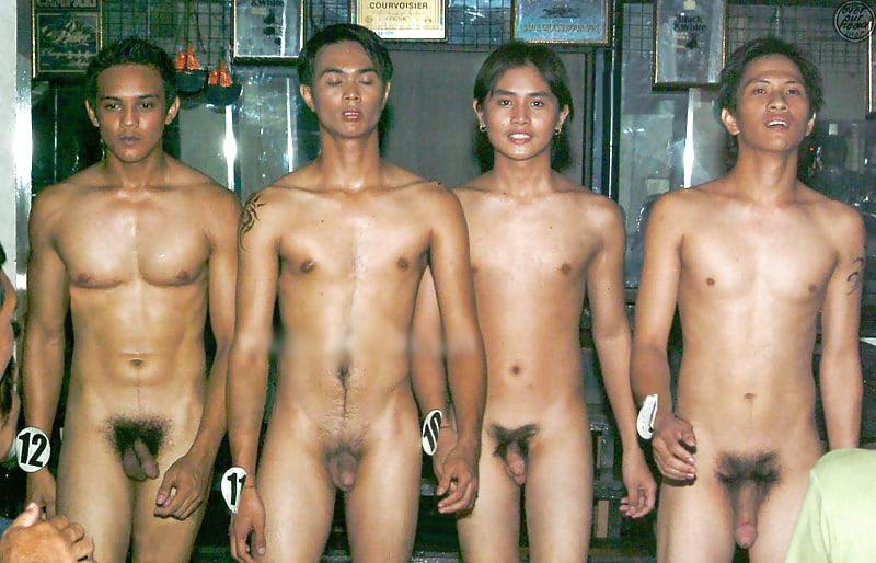 фото эротики средний хуй мужика вьетнамца насаживают жопы